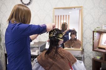 髪の毛をブロッキング
